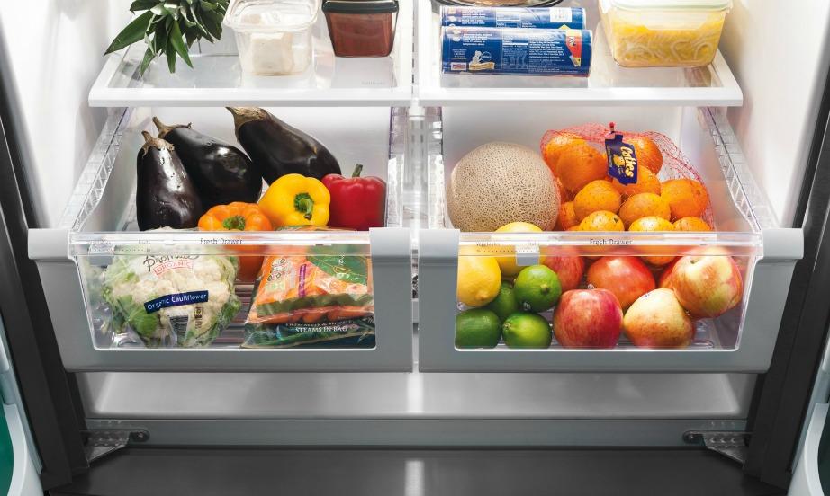 Κάθε φορά που καθαρίζετε το ψυγείο σας αφαιρέστε εντελώς τα συρτάρια για να καθαριστεί καλύτερα το ψυγείο.