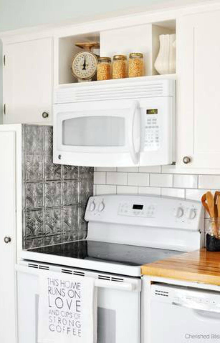 Μην ξεχνάτε να καθαρίζετε εσωτερικά τον φούρνο μικροκυμάτων σας.