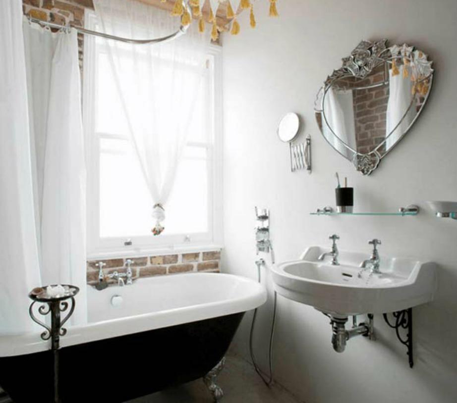 Ένας καθρέφτης δεν χρειάζεται να είναι τεράστιος για να δώσει στιλ στο μπάνιο σας.