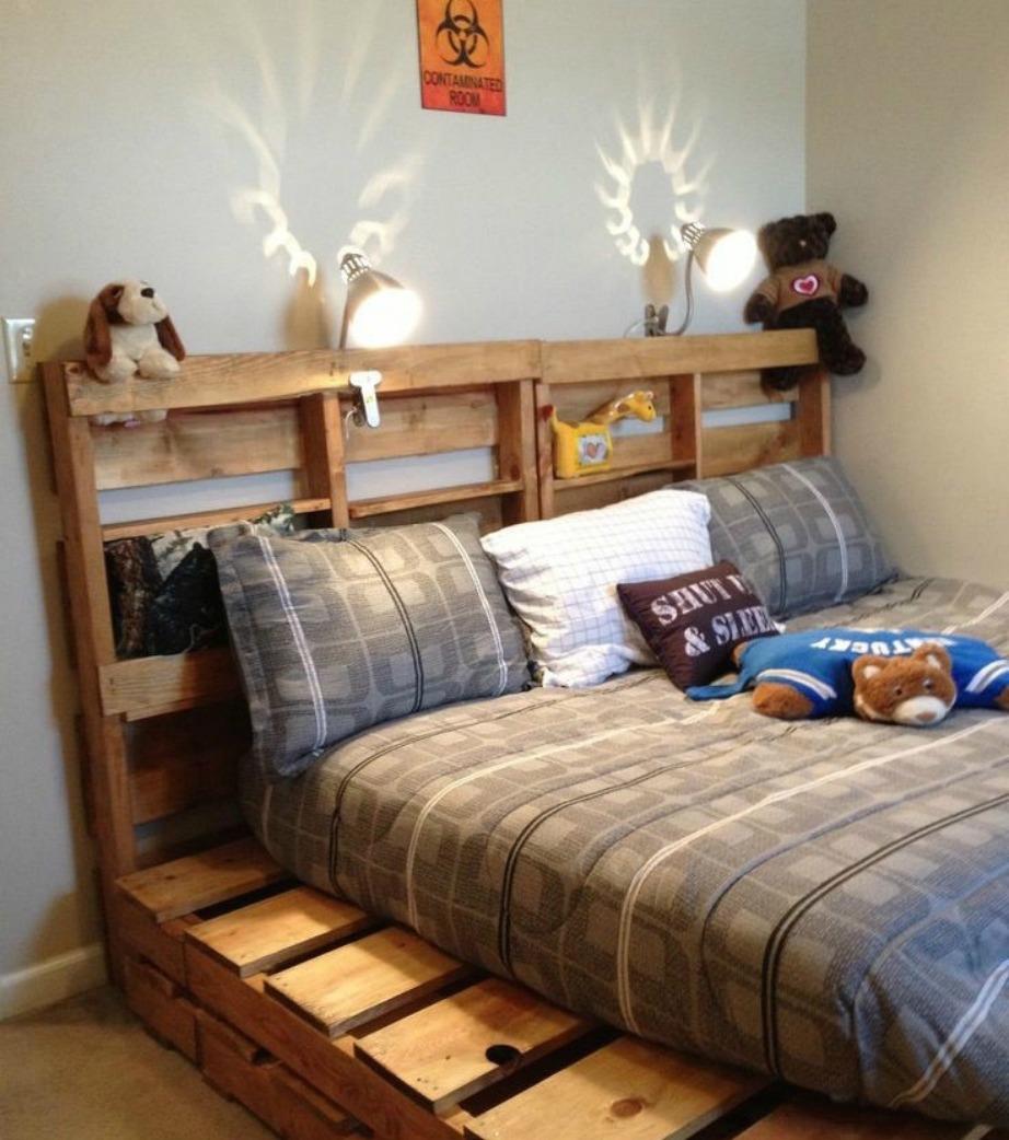 Τα κρεβάτια από παλέτες χαρίζουν στιλ σε κάθε υπνοδωμάτιο και είναι πολύ εύκολα στην κατασκευή τους.