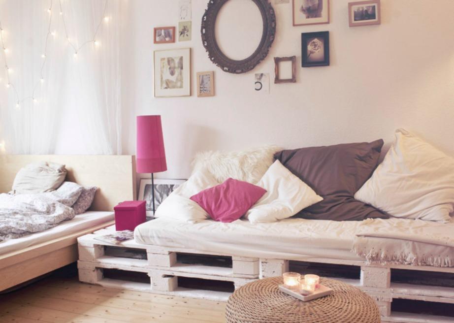 Χρησιμοποιώντας απλές παλέτες μπορείτε να δημιουργήσετε μόνοι σας ένα υπέροχο κρεβάτι.