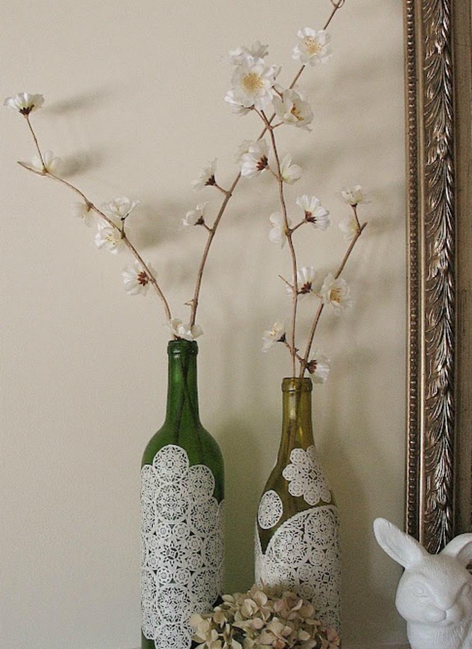 Πολλά διακοσμητικά αντικείμενα στο σπίτι θα μεταμορφωθούν κολλώντας πάνω τους σεμεδάκια.