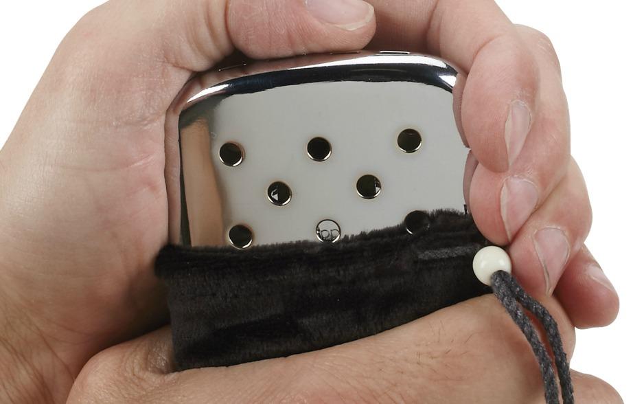 Ο αναπτήρας της Zippo θα ζεστάνει τα χέρια σας για 12 ώρες.