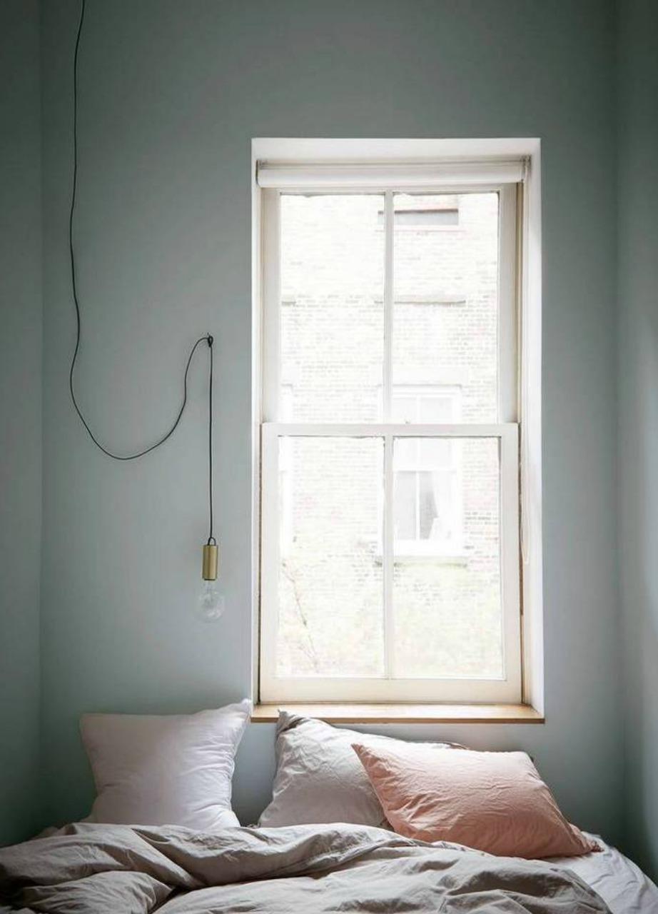 Το απαλό γκρι ταιριάζει πολύ σε υπνοδωμάτια σε αντίθεση με το σκούρο γκρι που δεν αποτελεί καλή επιλογή για τοίχους δωματίου.