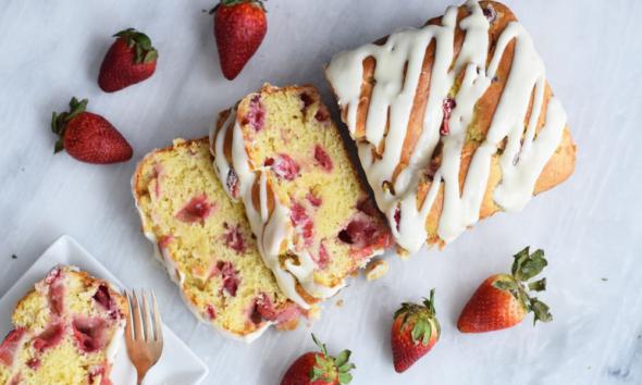 Αυτό το Ψωμί Φράουλας Είναι το Τέλεια Υγιεινό Σνακ