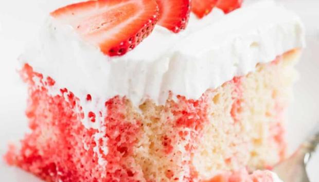 Το πιο Δροσερό Κέικ με Ζελέ Χωρίς Ζάχαρη και Βούτυρο