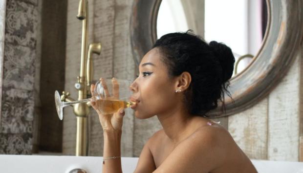 Αυτό Είναι το Αλκοολούχο Ποτό που Μπορεί να σας Βοηθήσει Ακόμη και στη Δίαιτα