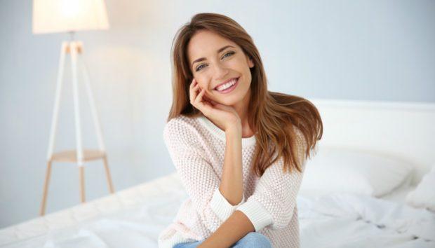 3 Συνήθειες που δεν Φαντάζεστε ότι Κιτρινίζουν τα Δόντια σας!