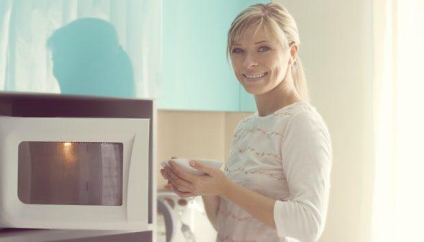 Φούρνος Μικροκυμάτων: 3 Χρήσεις που δεν Φαντάζεστε!