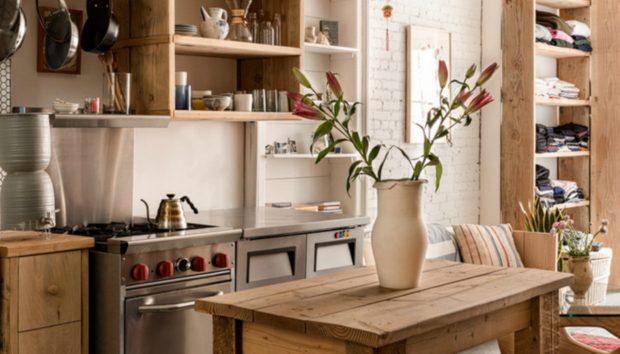 Το πιο Τέλειο Σημείο Αυτού του Διαμερίσματος Είναι η Μπανιέρα που Βρίσκεται Μέσα στην Κουζίνα!