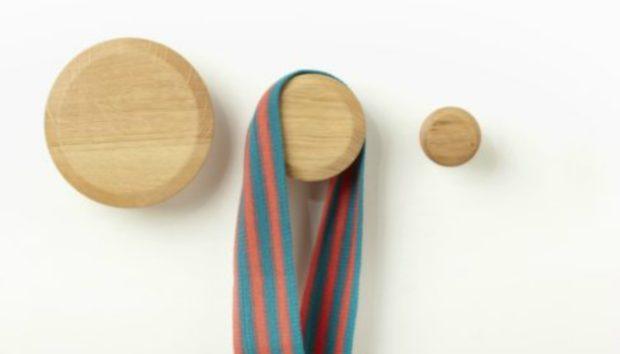 Φτιάξτε τις πιο Στιλάτες Κρεμάστρες για τα Ρούχα σας!