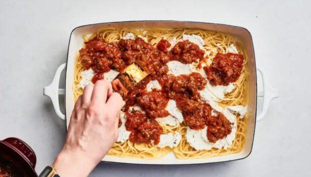 Έτσι θα Φτιάξετε τα πιο Νόστιμα Μακαρόνια στον Φούρνο!
