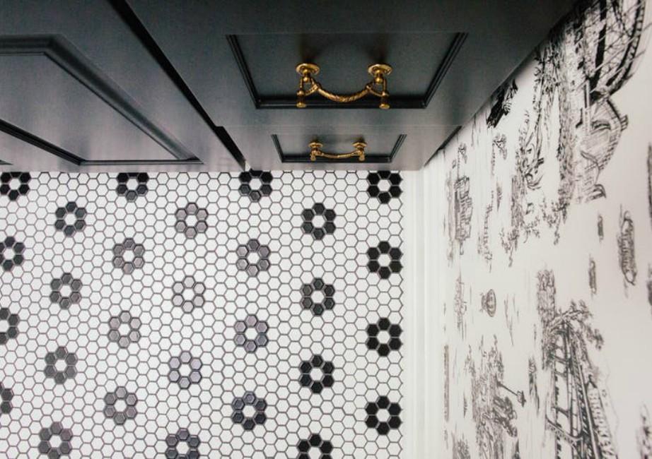 Πώς να Δημιουργήσετε ένα Σικ Μπάνιο που θα Εντυπωσιάζει Όλους τους Καλεσμένους σας!