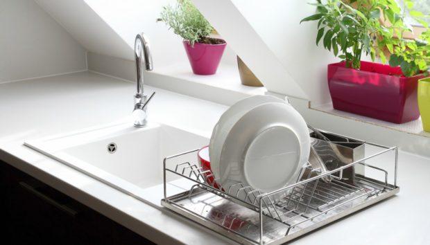 Ο πιο Σωστός Τρόπος για να Καθαρίζετε τον Νεροχύτη σας!