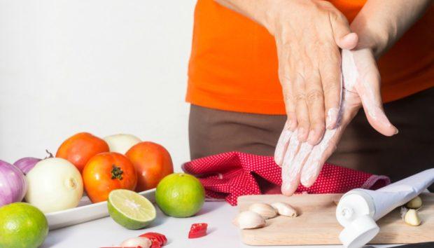 5 Λόγοι για να Έχετε Πάντα μια Οδοντόκρεμα στην Κουζίνα σας