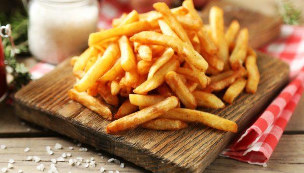 Το Μυστικό για να Φτιάξετε τις Πιο Τραγανές Τηγανιτές Πατάτες Αποκαλύπτεται!