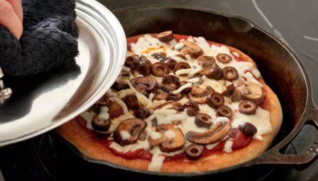 Πίτσα στο Τηγάνι! Μια Συνταγή που Πρέπει να Δοκιμάσετε