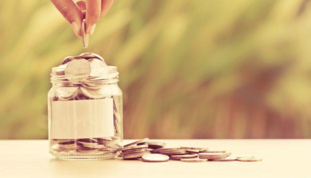 Το Απίστευτο Κόλπο που θα σας Επιτρέψει να Βάλετε 700 Ευρώ στην Άκρη Μέσα σε Έναν Χρόνο!