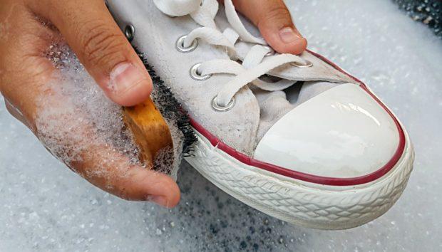 Μυρίζουν τα Παπούτσια σας; Δείτε τι Μπορείτε να Κάνετε!